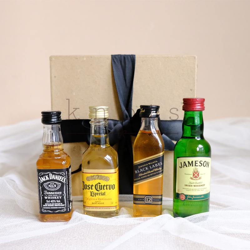 Mini Liquor Set