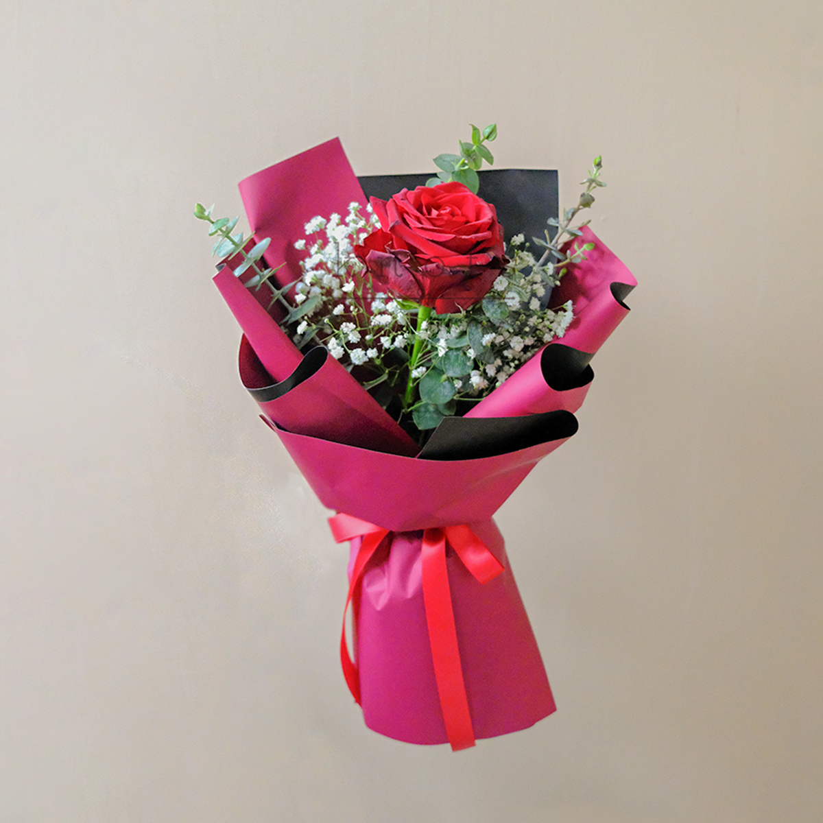 Amarla (Ecuadorian Red Rose Bouquet)