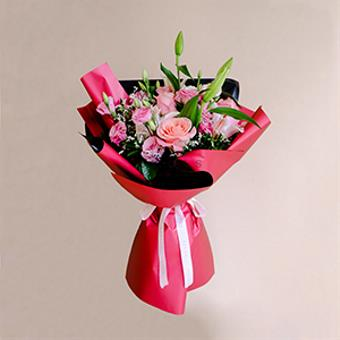 Aphrodite's Beauty (Pink Lily And Roses Bouquet)