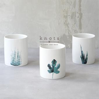 Leaf Design Vase