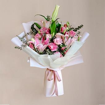 Pumping Heart (Pink Lily Bouquet)