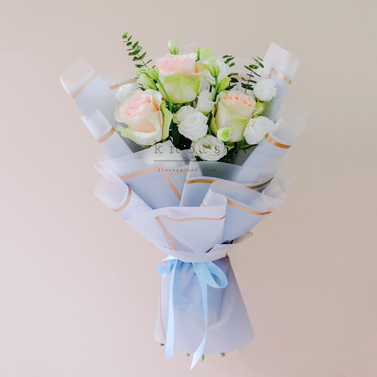 Sweet Kisses (Pink Ecuadorian Roses Bouquet)