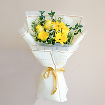 Your Smiling Face (Yellow Roses & Gerbera)