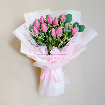 Glam Romance (Pink Tulips Bouquet)