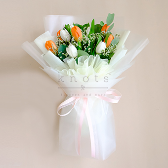 Sizzling Love (Tulips Bouquet)
