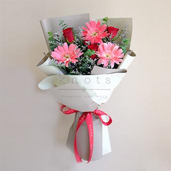 Love Cheer (Red Roses & Gerbera Bouquet)
