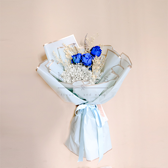 Bluer than Blue (Dried Flowers)