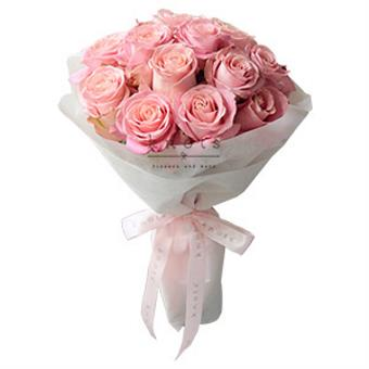 The Perfect Blend (Pink Ecuadorian Roses Bouquet)
