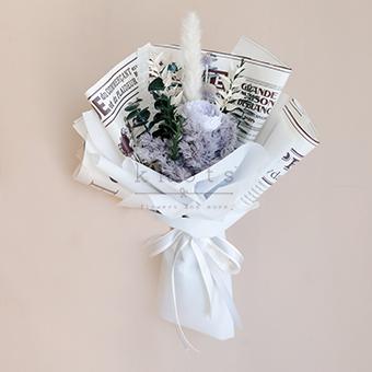 Ariana (Dried Flower Bouquet)