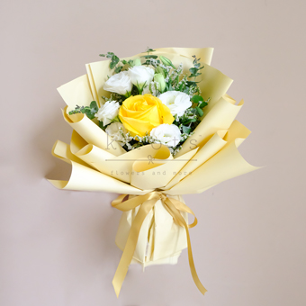 Happy Smiley Blooms (Yellow Ecuadorian Rose)