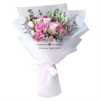 Heavenly Jewel (Pink Roses Bouquet)