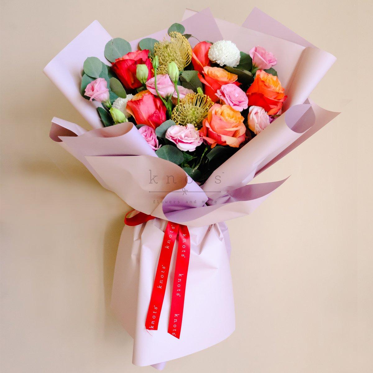 Summer Blush (Ecuadorian Roses Bouquet)