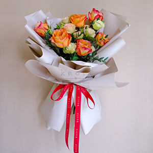 Warmth Affection (Ecuadorian Roses Bouquet)