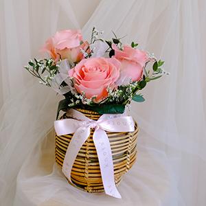 Dream Lady (Pink Roses Arrangement)