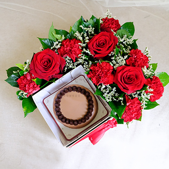 Extra Special  (Red Roses & Cake)